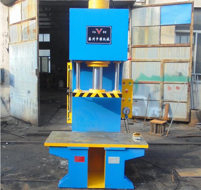 100吨矿用机修单柱液压机